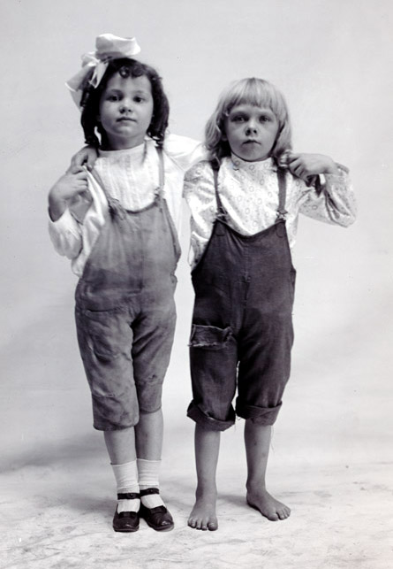 Two young kids